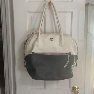 Lululemon bowler gym bag - used